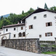 Casa Tiridin  (Ph. Nicola Silverio - www.nicolasilveriofotografo.it)